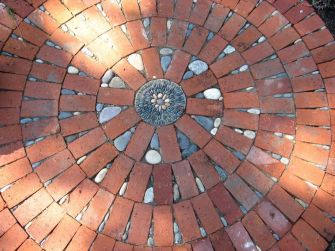 Mosaic Patio 59